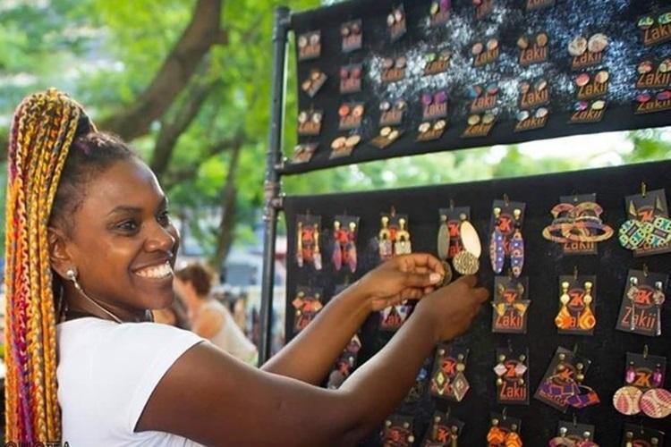 Fundo voltado a meninas e mulheres jovens apoia grupos ativistas com até R$ 25 mil