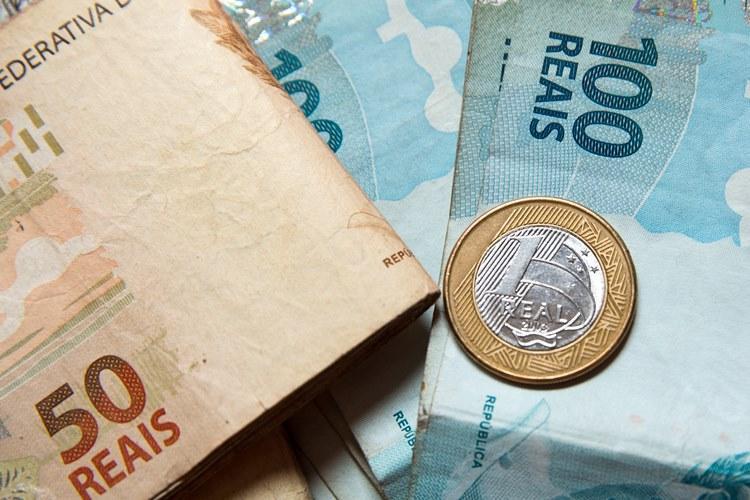 Pesquisa mapeia doadores de alta renda no Brasil