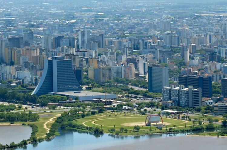 https://www.filantropia.ong/imagens/conteudo/H26HINSQNAN09C46JGI7/porto-alegre-sedia-seminario-gratuito-sobre-gestao-do-terceiro-setor2047.jpg